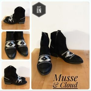 🆕Musse & Cloud By Anthro Black Leather Boots